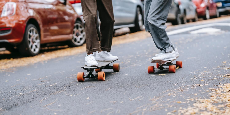 botsing-tussen-skater-en-voetganger